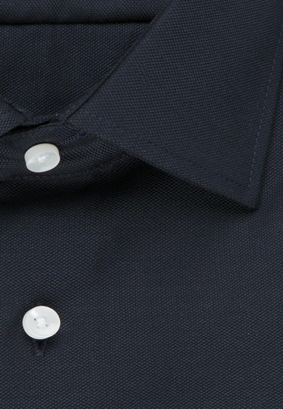 Bügelfreies Struktur Business Hemd in Slim mit Kentkragen in Dunkelblau    Seidensticker Onlineshop