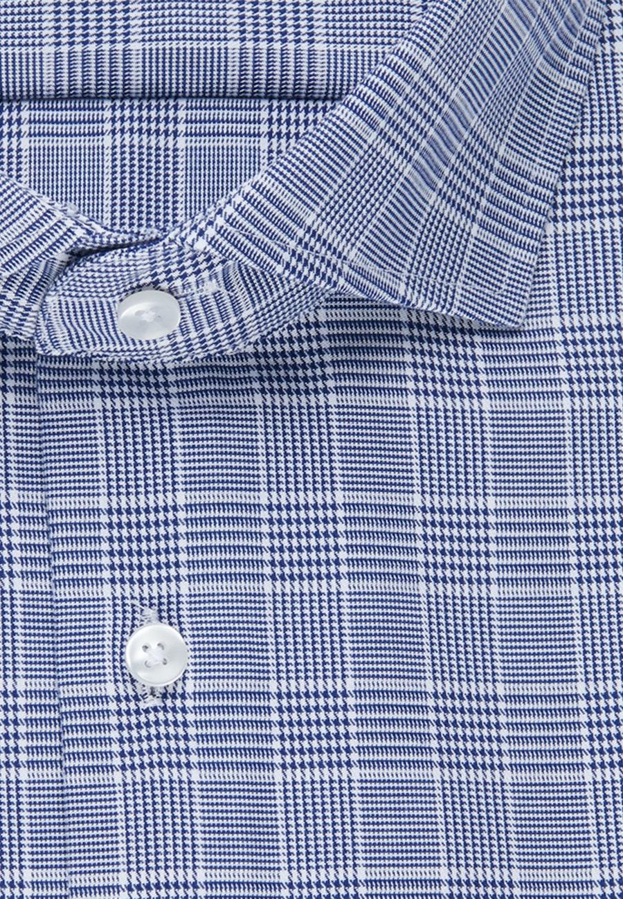 Bügelleichtes Twill Business Hemd in Shaped mit Kentkragen in Mittelblau    Seidensticker Onlineshop